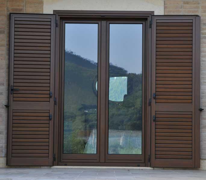 Infissi in legno prezzi perfect prezzi infissi alluminio - Restauro finestre in legno prezzi ...